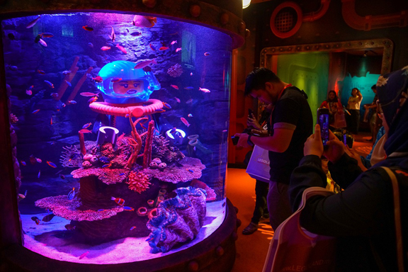 Under the sea in the land of Lego